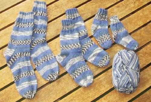 Et studie i blåt - mor & børn sokker